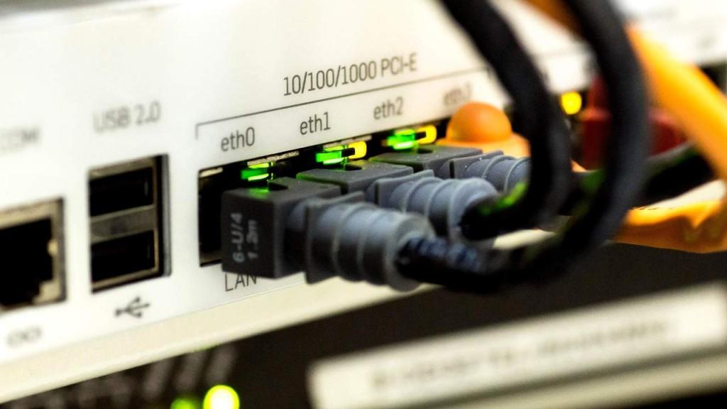 router-D-Link-850L-10-vulnerabilità-zero-day
