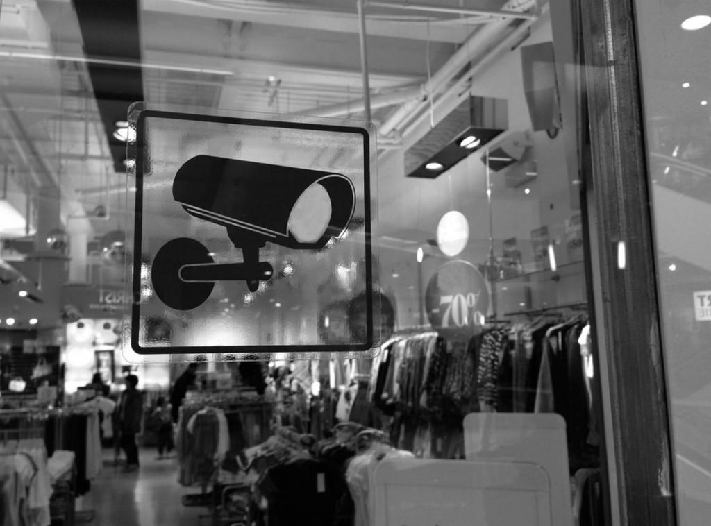 telecamere-negozi-noi-sicurezza