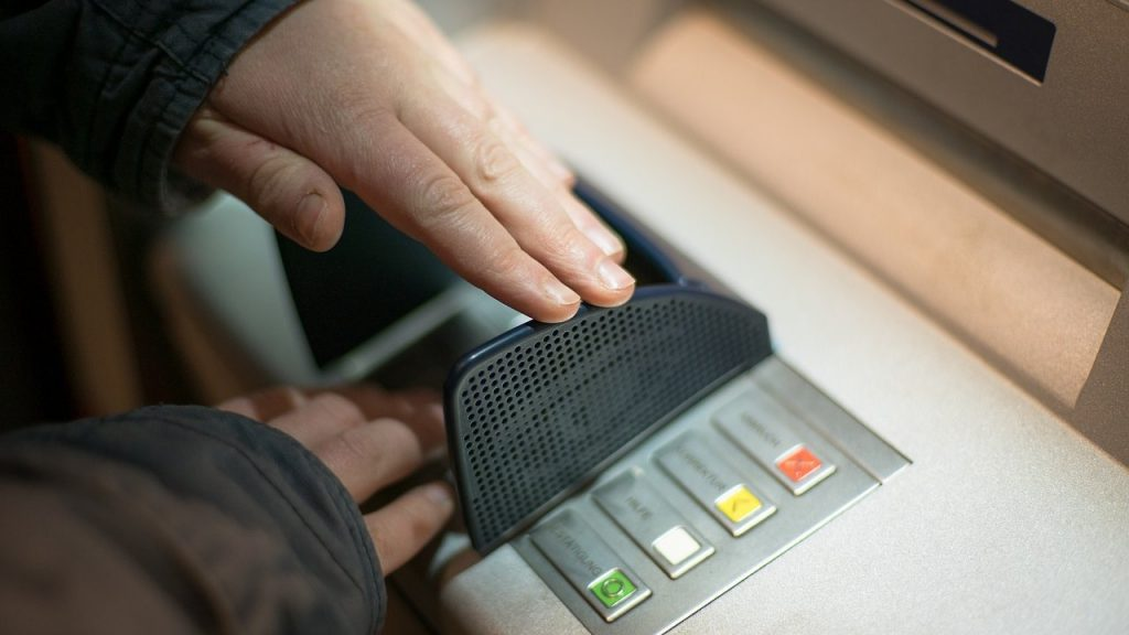 assalti-bancomat-metodi