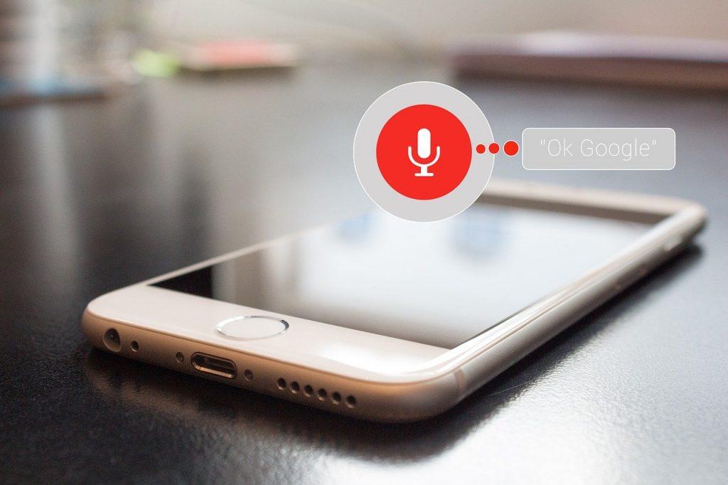 SurfingAttack-controllare-assistenti-vocali-smartphone-onde-ultrasoniche